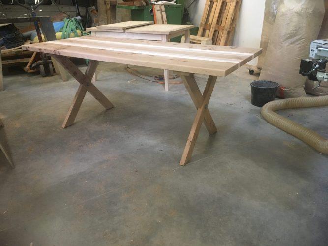 Table en orme recyclé